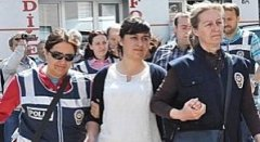 http://www.turquieeuropeenne.eu/local/cache-vignettes/L240xH131/sevil_sevimli_arrestation-f8326-0efcb.jpg
